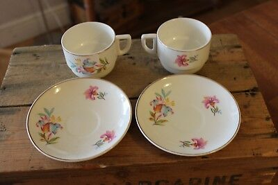 Vintage Pair Pretty Floral Tea Cups & Saucers from Sirram Picnic Hamper – Great!
