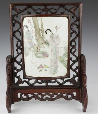Vintage Chinese Export Figural Wood Porcelain Scholars Table Screen Plaque ARD