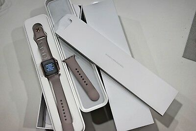 Apple Watch Rose Gold 38mm 1st generation with Lavender Sport Band
