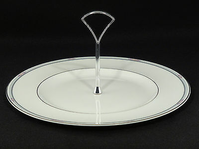 Royal Doulton SIMPLICITY TIDBIT PLATE w/Handle- H5112