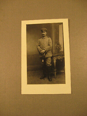 Soldat mit Säbel,Uniform.Privatpostkarte 1.WK.ca.1915-Antic Soldier 1.WK