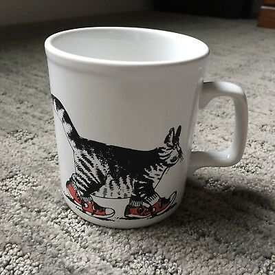 Vtg Kliban Kiln Cat Red Shoes Sneakers Coffee Mug Cup Kiln Craft Made in England
