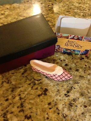 New In Box  Collectible Just The Right Shoe- Truffle #25086 Free Shipping