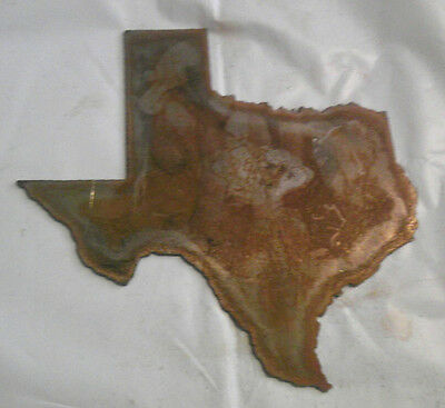 6 Inch TEXAS State Shape Rough Rusty Metal Vintage Stencil Ornament Magnet
