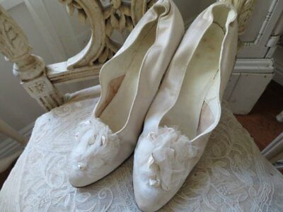 GORGEOUS WOMEN'S Old Antique White Wedding SHOES Satin Ribbon & Sheer Details