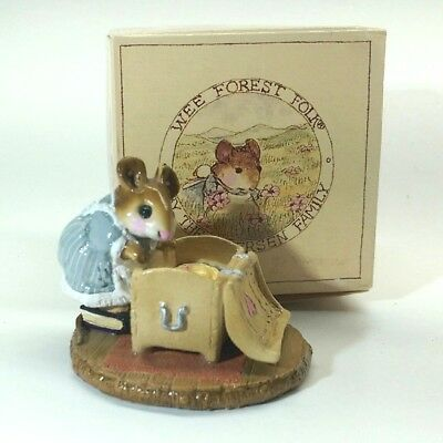 """Wee Forest Folk """"Attic Treasures"""" Mouse in Blue Dress 1985 M-126"""