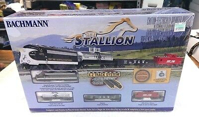 Bachmann Trains THE STALLION - N Scale Ready-To-Run 24025 BT Electric Train Set