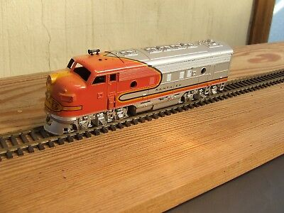 DIESEL LOCOMOTIVE  SANTA FE  HO by ATHEARN