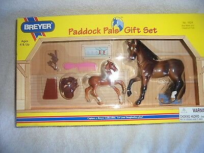 MIB New Breyer Paddock Pal Gift Set 1624 Bay Mare Chestnut Foal Toy Easter Horse