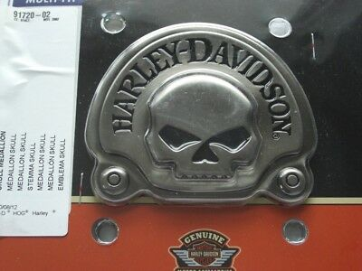Harley Davidson Skull Medallion Emblem Antique Nickel Sissybar 91720-02