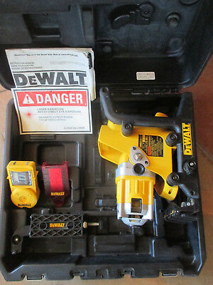 DeWalt DW073 Cordless Rotary Laser Level With Case, Manual and Receiver
