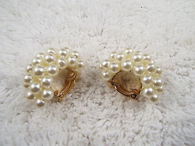 White Bead Hoop Clip-on Earrings (C40)