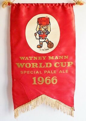 Very Rare 1966 Watneys Pale Ale Advertising Pennant - Football World Cup Willie