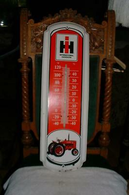 Nice  VINTAGE - INTERNATIONAL HARVESTER - WALL THERMOMETER - Farmall - Retro
