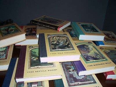Lot 14 A Series of Unfortunate Events w/Unauthorized Autobiography 00644076833