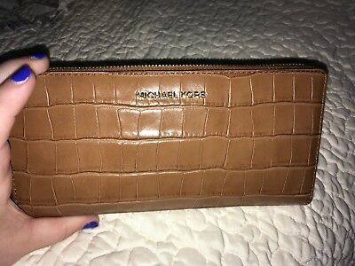fd408be3b39dae NWT MICHAEL KORS EMBOSSED LEATHER MONEY PIECES TRVL CONTINENTAL WALLET IN  acorn