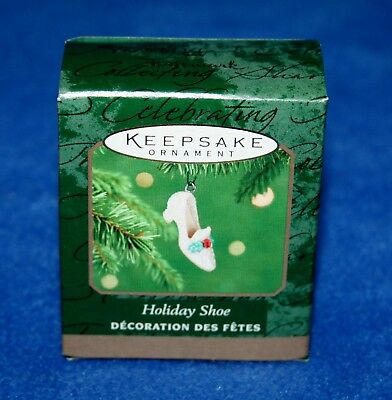 "Hallmark 2001 ""holiday Shoe""  Miniature Keepsake Ornament (Nib)"