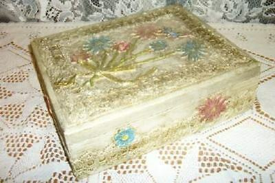 Papier Paper Mache Lace Antiqued Decoupage Box Chic Shabby Unusual Vintage