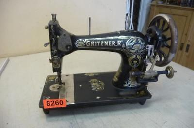Nr. 8260.  Alte Nähmaschine GRITZNER R Old Sewing Machine