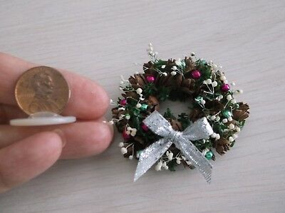 Dollhouse Miniature Decorated Pine Cone Christmas Wreath - Hot Pink & Green