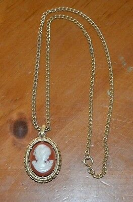 Costume Fashion Jewerly Beautiful Avon Broach Cameo Necklace Ivory / Brown Color