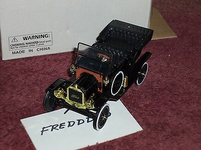 MOTOR MINT 1910 FORD NEW IN BOX 1/32 STANDARD SCALE VERY NICE DETAILs