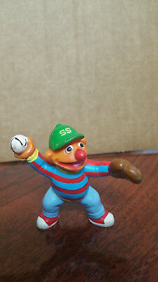 """ERNIE playing catch Baseball 2 & 1/2"""" PVC APPLAUSE Figure from SESAME STREET"""