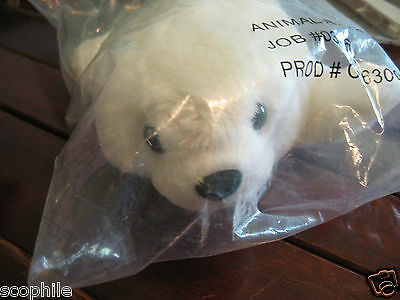 National Geographic WHITE SEAL PUP Stuffed Plush, HARD TO FIND, New in Plastic!