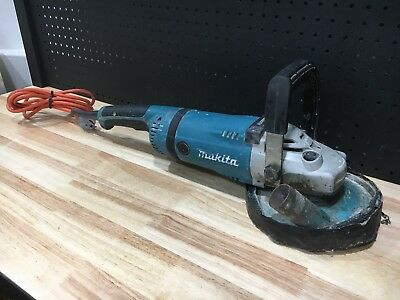 Makita 230Mm Ga9040S 2400W Angle Grinder - Good Condition Working