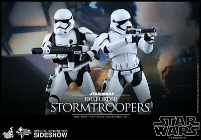 Star Wars Episode VII Großfiguren-Set: First Order Stormtrooper Sixth Scale (Hot