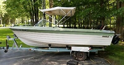 1969 Bell Boy Bonita 17' Runabout & Trailer - Ohio