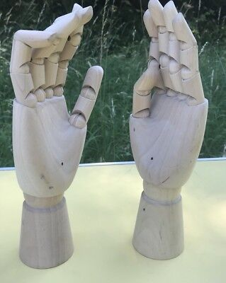 Nice Pair Of Wooden Articulated Fingers Human Hand. Art Artists Drawing Model