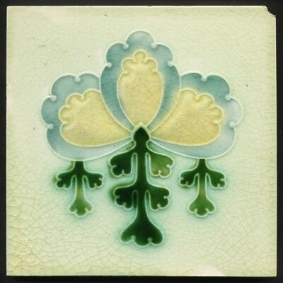 TH3397 Enigmatic Art Nouveau Majolica Tile Soft Colours Corn Bros c.1905