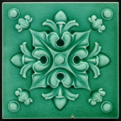 TH3299 Amazing Green Gothic Victoriana Majolica Tile Henry Richards c.1910