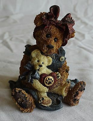 BOYDS BEARS & FRIENDS 1998 Style #227711 Momma McBear & Caledonia QUIET TIME