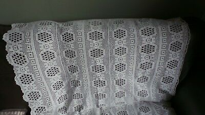 Stunning Vintage Large Hand crocheted curtain/tablecloth/coverlet cotton  VGC