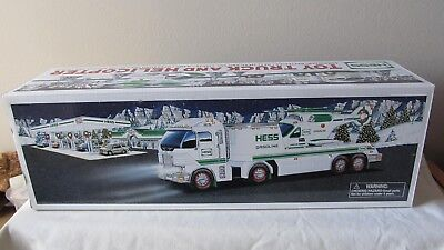 HESS 2006 Collectible TOY TRUCK AND HELICOPTER   NIB