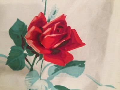 Vintage Cotton Tablecloth+fabric Remnants~Large Red Roses~Perfect for crafts~VVG