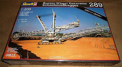 HUGE!!! Revell Germany 1/200 Bucket Wheel Excavator