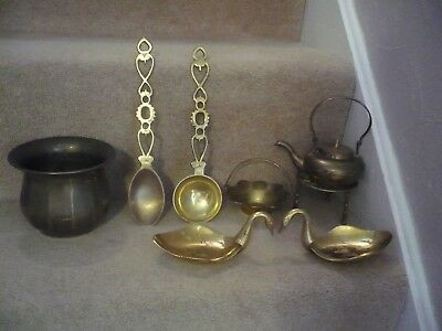 A Job Lot Of Vintage Brass A Wonderful Lot Of Items
