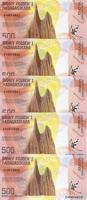 LOT Madagascar, 5 x 500 Ariary, 2017 P-New UNC >  Redesigned, Hybrid Polymer