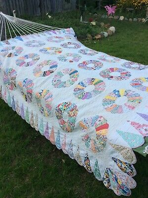 "Beautiful Vintage 1930's Feed Sack Quilt Dresden Plate  82"" X 75"""