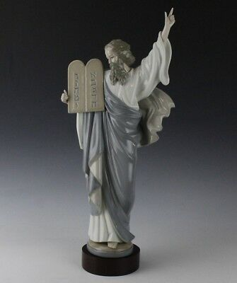 Retired LLADRO Spain Moses 10 Commandments Judaica 5170 Porcelain Figurine LSP