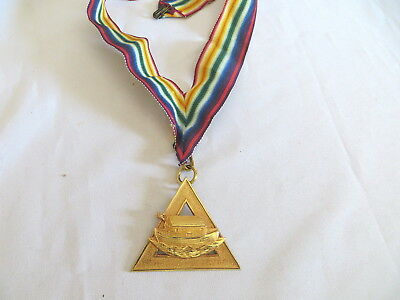 Masonic Royal Ark Mariner Collarette & Jewel - Gold Coloured (79)