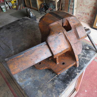 """Large - 5 1/4"""" Offset Vice"""