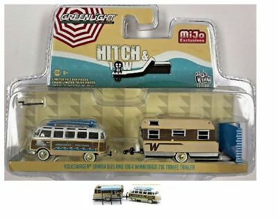Greenlight VW Bus Volkswagen Samba + Wohnwagen / Winnebago Trailer 1:64