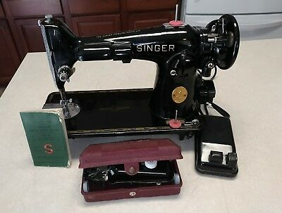 Vintage 40's Singer Sewing Machine 201Scroll Plate Manual Serviced