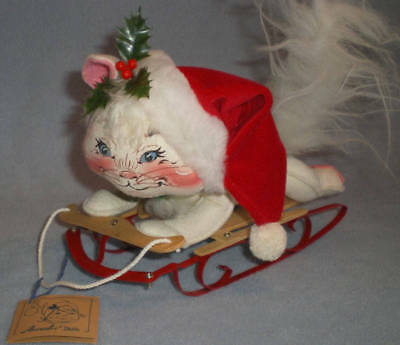 1997 Annalee Mobilitee Dolls 12 Inches Christmas White Cat Kitty with Sled