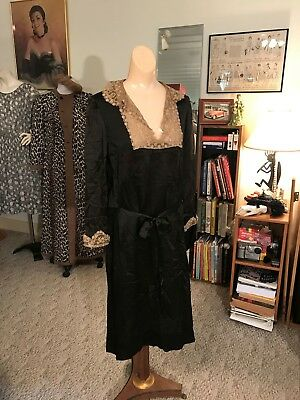 Vintage 1910/20's Black Silk Dress Adorned w/Lace !!!!!!!!!