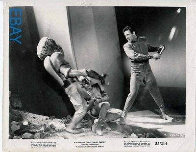 Rex Reason fights w/monster This Island Earth VINTAGE Photo